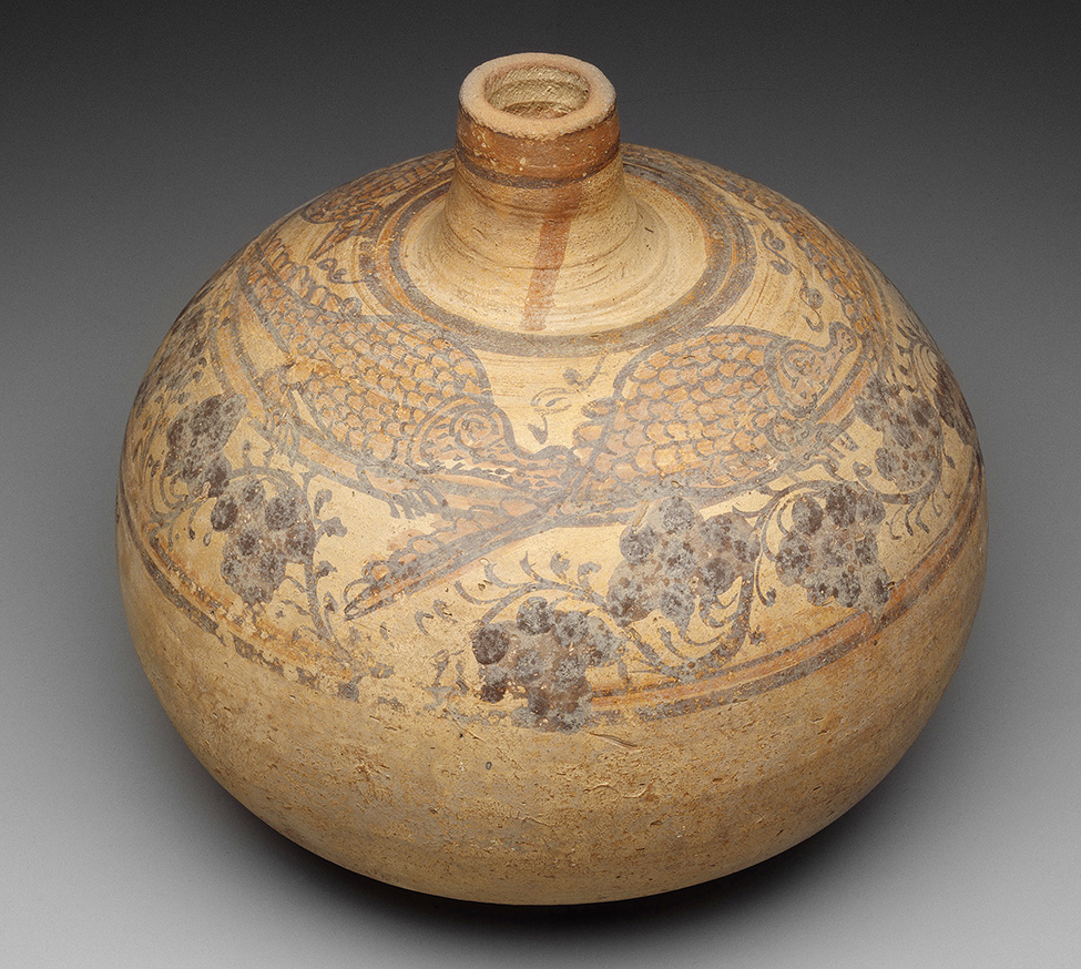 Fig. 5. Ceramic jar decorated with crocodiles and grapes, Meroitic period, second century CE, excavated at Kerma, Harvard University—Boston Museum of Fine Arts Expedition. Boston, Museum of Fine Arts 13.4038 (© Museum of Fine Arts, Boston).