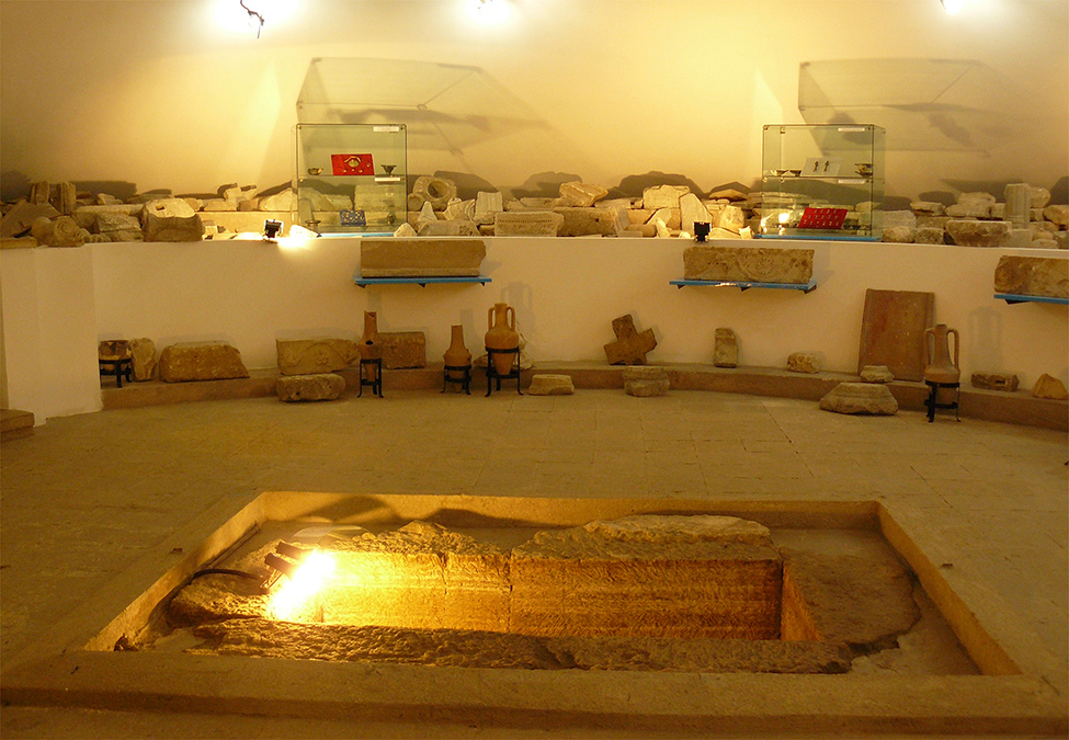 Fig. 8. The Tomb of the Papyrus as incorporated into the Archaeological Museum of Callatis, Mangalia (S. Colesniuc).