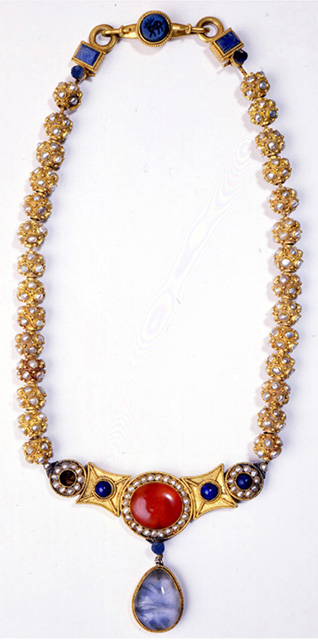 Fig. 6. Necklace from Li Jingxung's tomb. Gold inlaid with pearl and stone. Sui dynasty (Watt 2004, 294).