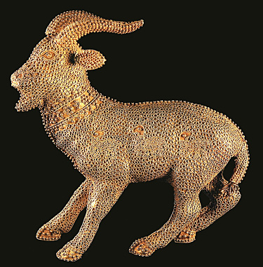 Fig. 4. Islamic gold figurine of a goat decorated with filigree and granulation, ht. 10.6 cm, dated by style to the 12th–13th centuries C.E. Jerusalem, the Israel Museum, inv. no. 97.95.28 (© The Israel Museum).