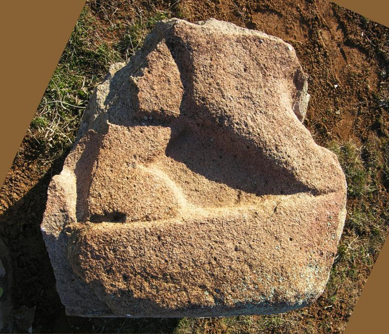 Fig. 3. The Karakız base, forelegs of the second lion.