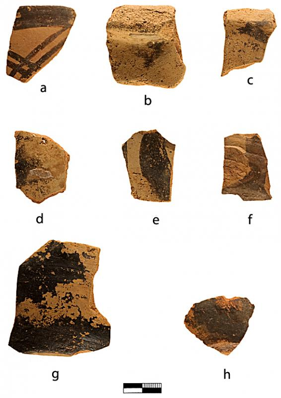 Fig. 8. Protopalatial pottery from Harriet Boyd's early wall: <i>a</i>, cup; <i>b</i>, bridge-spouted jar; <i>c</i>, cup, <i>d</i>, jug (?); <i>e</i>, <i>f</i>, jugs; <i>g</i>, <i>h</i>, cups (C. Papanikolopoulos).