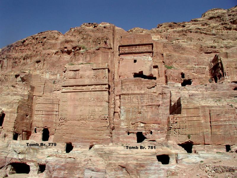 Fig. 73. Facade tombs (Tombs Brünnow 779 and 781) at the base of al-Khubthah, Petra (L. Wadeson).