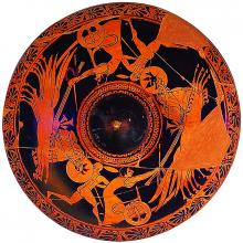 Attic red-figure pyxis lid depicting chariot race, by the potter Nikosthenes.